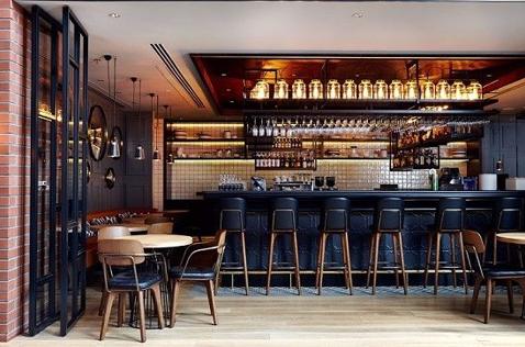 Những đồ dùng quầy bar cần thiết để dùng cho quán bar